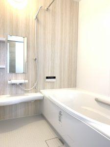 シャビ―な浴室